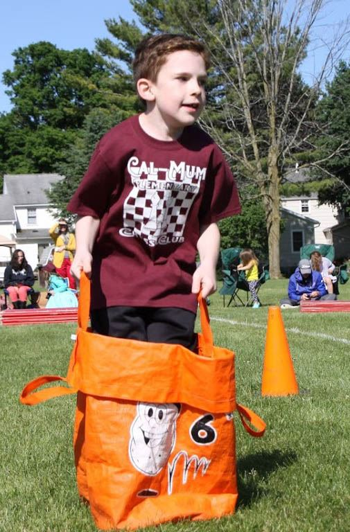 Photo Highlights of Elementary School Field Days